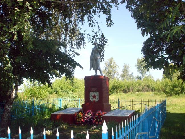 Памятник воинской славы в Невари
